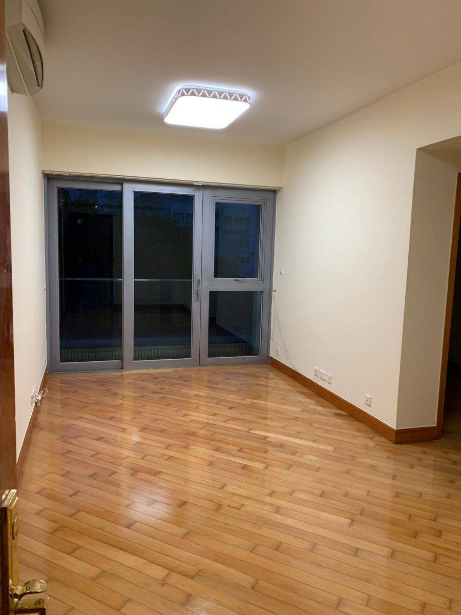 Bel-Air, Cyberport, pokfulam, 2 bedrooms (with flat-roof)