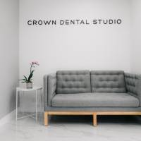Crown Dental Studio